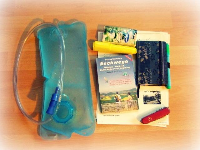 Packliste-Wandern_Utensilien