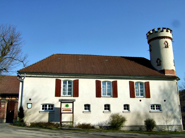 Kastanienhof-Zeulenroda-Front