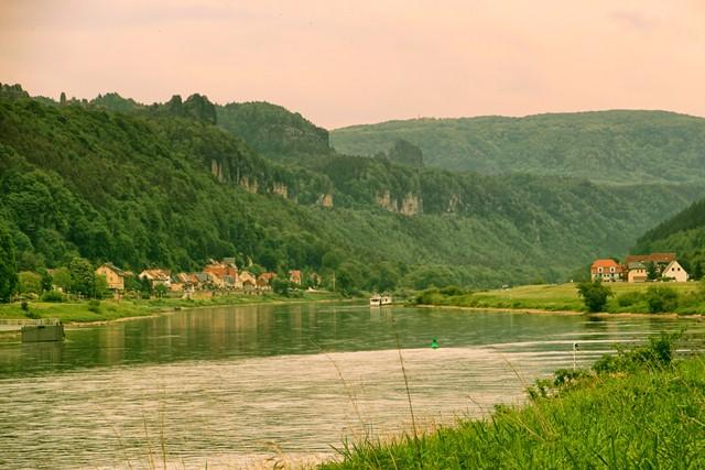Elbe bei Bad Schandau