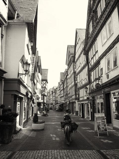 Pony in Herborner Innenstadt
